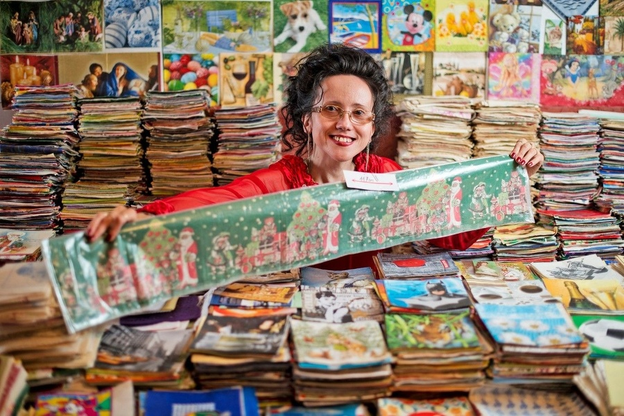 World record-breaking collector for Napkins