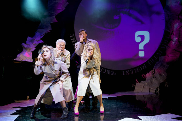 The cast in Pink Panther mode: searching for the perfect song?