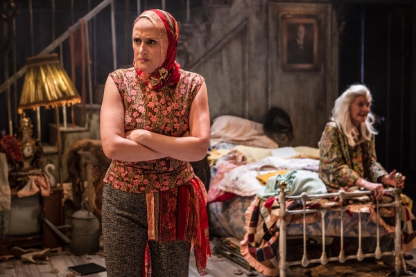 Jenna Russell and Sheila Hancock in Grey Gardens at Southwark Playhouse. © Scott Rylander