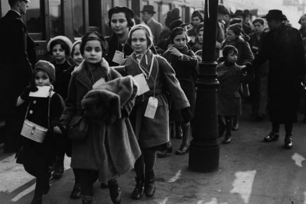 Kindertransport: Child refugees travelling to the UK during the Second World War