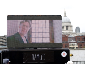 The Complete Walk along the Thames to Shakespeare's Globe on 24 April 2016. © Peter Jones