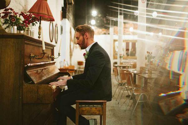 600HopeMillTheatre8-piano