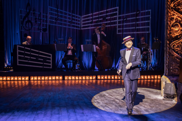 Kenneth Branagh stars as Archie Rice in The Entertainer