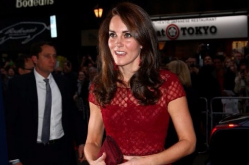 Kate Middleton stuns in gorgeous red gown